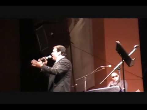 Darren Cordova - Con Mariachi