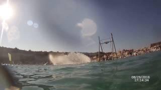 Suyun içinden Jet Ski Gösterisi