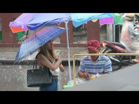 Daytime Drinking On Soi 4 Nana - Bangkok Vlog 171