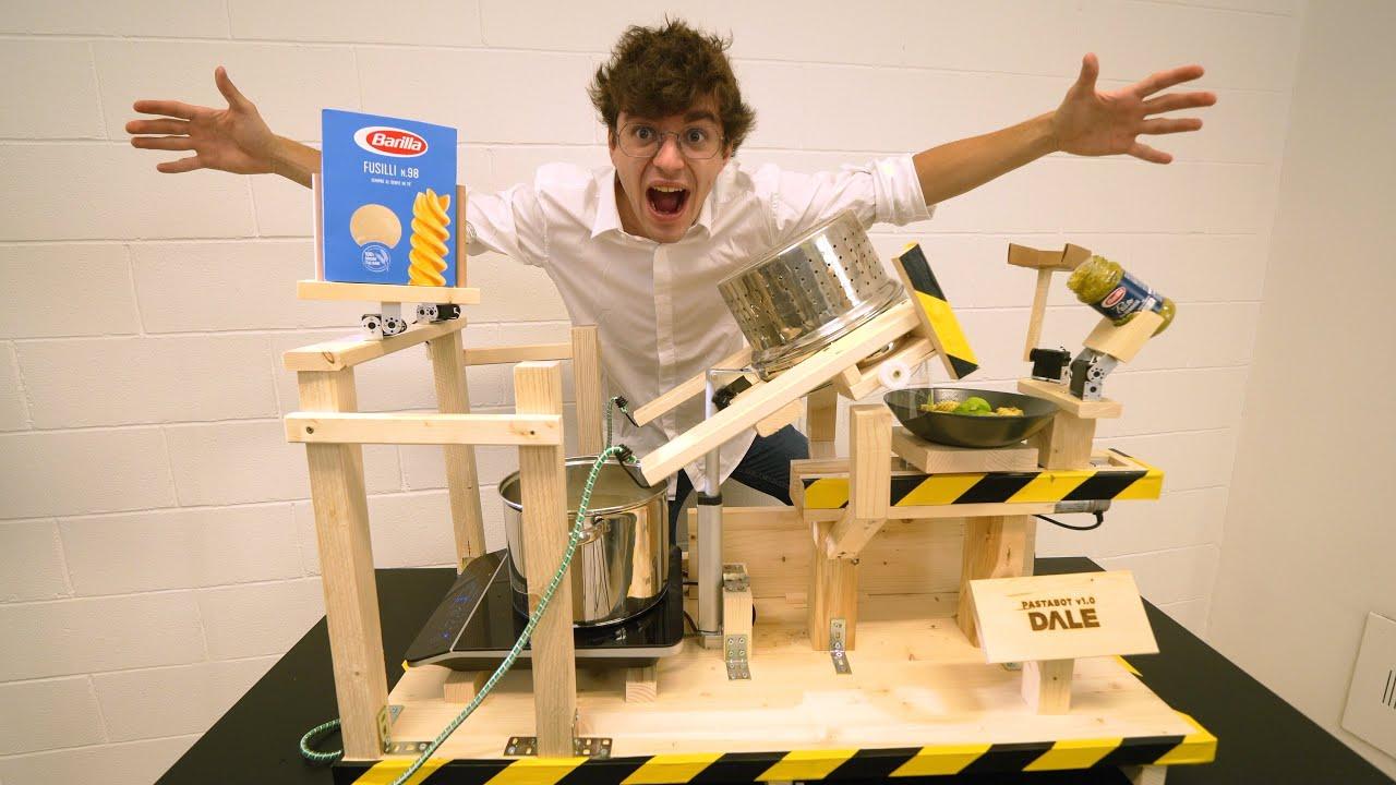 Ho costruito un ROBOT che CUCINA LA PASTA