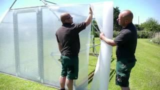 FINNMASTER AgroPRO -  сборка теплицы с использованием камерной пленки(Инновационная камерная пленка для теплиц. В данном видео представлена последовательность действий по..., 2014-05-27T10:15:11.000Z)