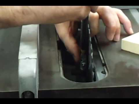 Changing the blade on the craftsman table saw youtube changing the blade on the craftsman table saw keyboard keysfo