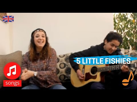 Five Little Fishies Swimming In The Sea - Crescendo Baby Music