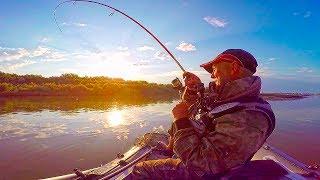 ДА ЕЕ ЗДЕСЬ НЕМЕРЕНО!! Щука на каждом забросе! Рыбалка с Ночевкой