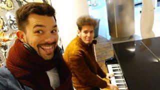 Thomas Krüger & Philipp Albrecht – Funny Piano Prank at Maritim Hotel (Apologize)