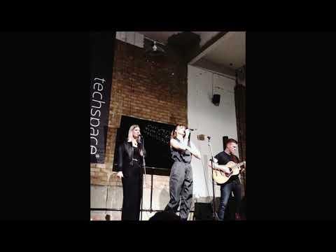 """Adée - """"Home"""" live Sofar Sounds London [Home Movie]"""