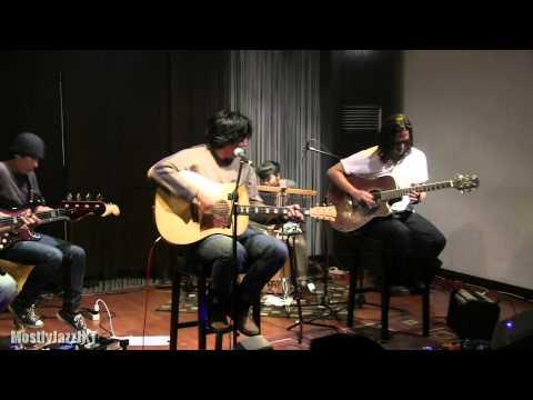 Float - Tiap Senja @ Mostly Jazz 09/02/13 [HD]