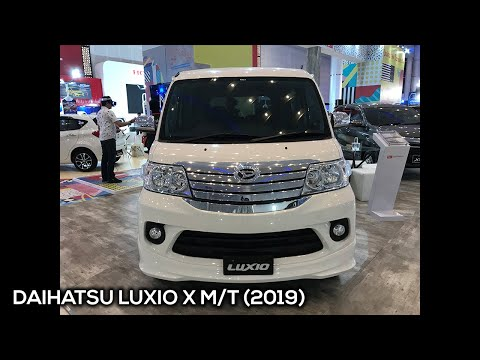 Daihatsu Luxio X MT 2019 - Exterior And Interior Walkaround #IIMSSurabaya2019