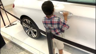 HE OPENED THE GIVEAWAY CAR IN THE MALL!!