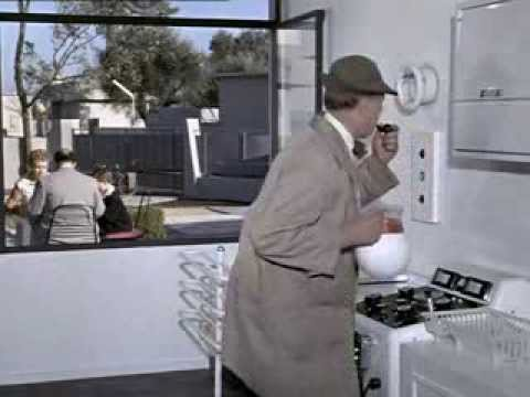 jacques tati 1907 1982 mon oncle 1958 extrait youtube. Black Bedroom Furniture Sets. Home Design Ideas