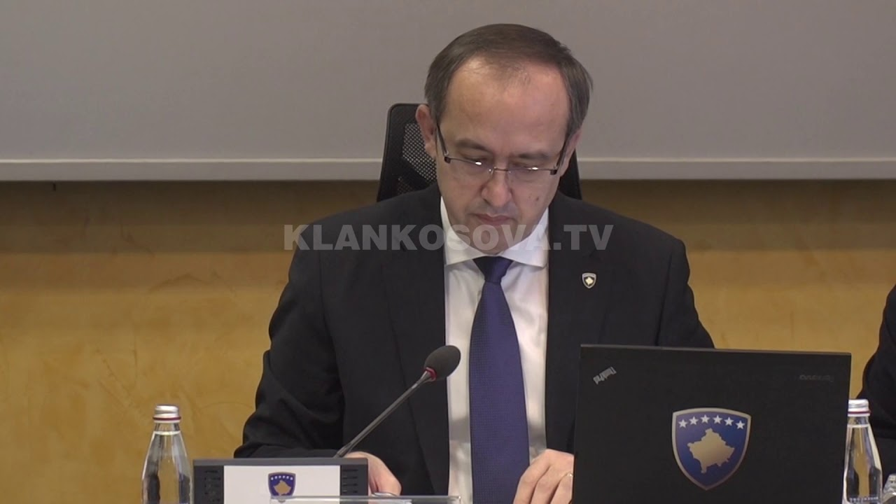 Selmanaj shqyrton mundësinë e pjesëmarrjes në seancën për buxhetin - 27.12.2020 - Klan Kosova
