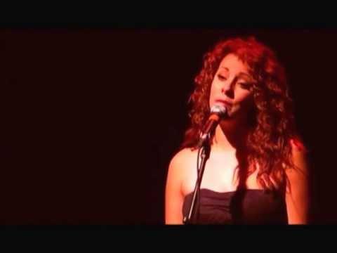 Moi, Elsie interprétée par Priscillia Quirion