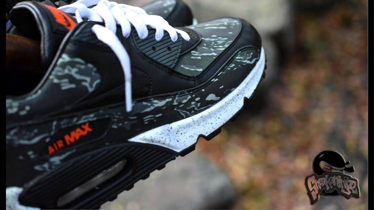 {On Feet} ATMOSxNike Black Tiger AM90 {GITD} (HD)