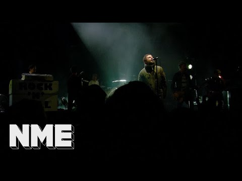 Liam Gallagher plays 'Morning Glory' live | VO5 NME Awards 2018