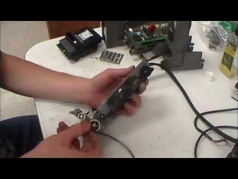 how to make a bill acceptor