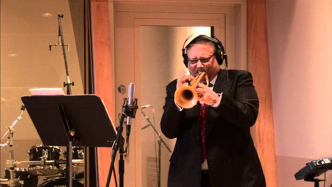 Arturo Sandoval plays Trumpet and Piano | Royer ribbons demonstration at Sweetwater