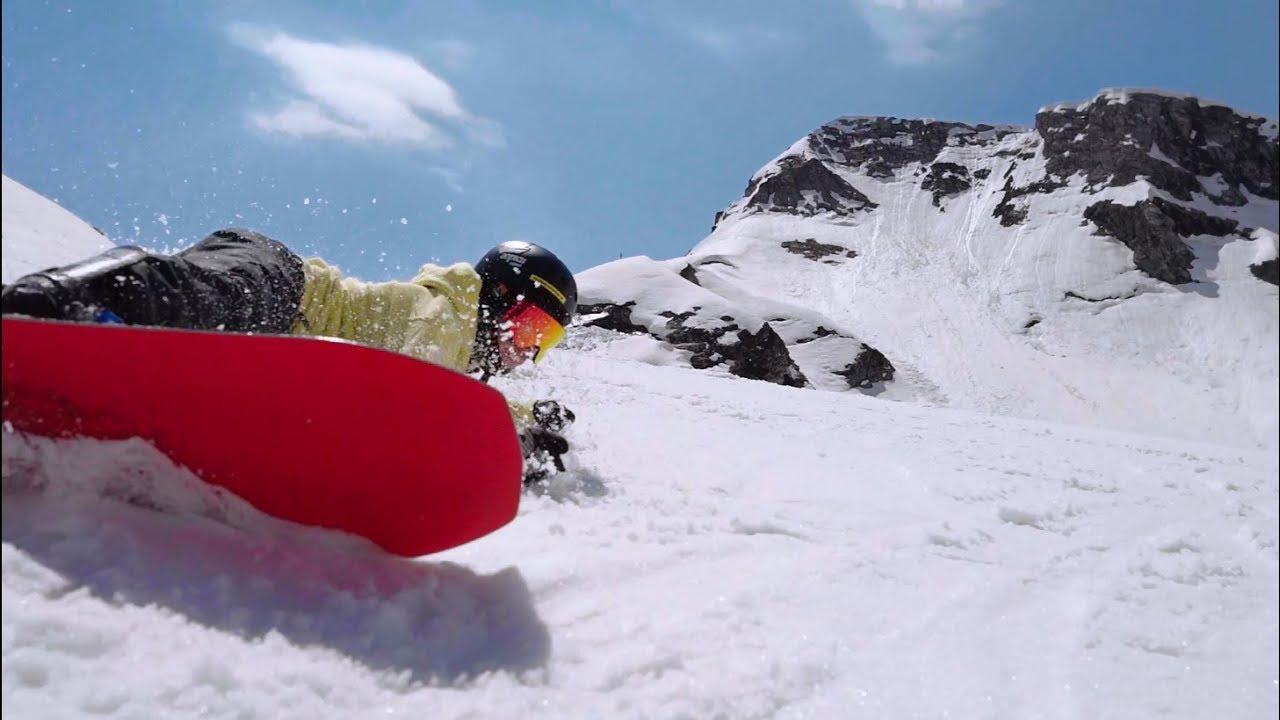 Проезды по бассейну на лыжах, фристайл в сноупарке: закрытие горнолыжного сезона 18/19 Горки Город