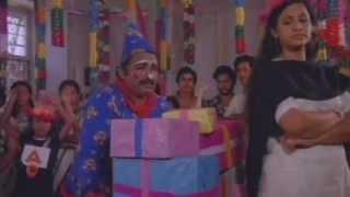 Velankanni Palliyile | Guruji Oru Vakku | Malayalam Movie Song