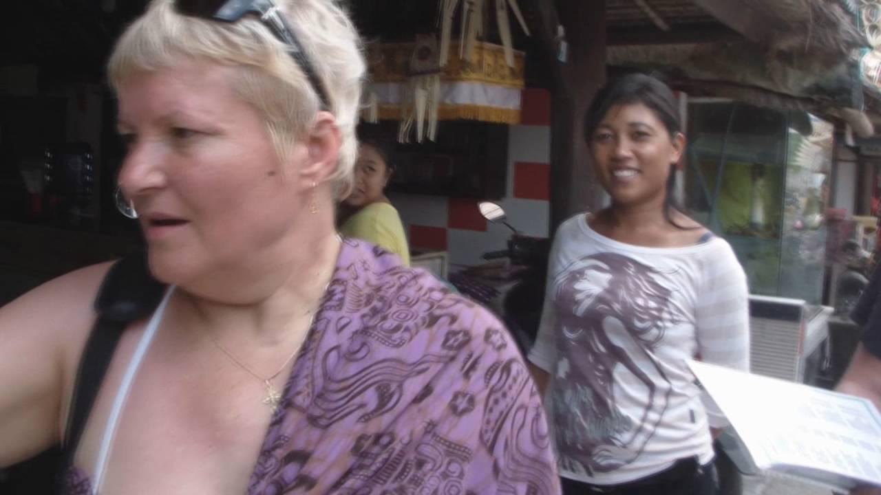 Интернет магазин перекресток предлагает купить креветки королевские 50/ 70 весовые в москве с доставкой на дом. На нашем сайте вы можете заказать креветки королевские 50/70 весовые по цене со скидкой.