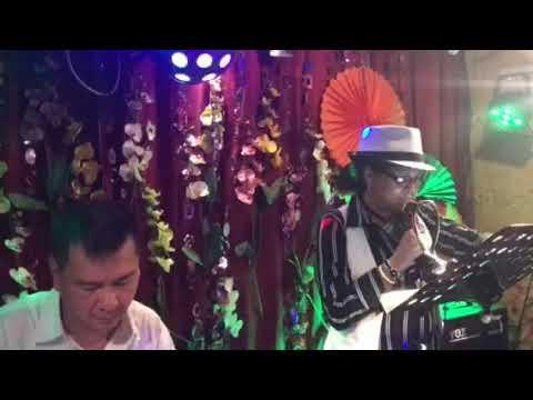 Karaoke à Villeneuve le roi le 20 avril 2018