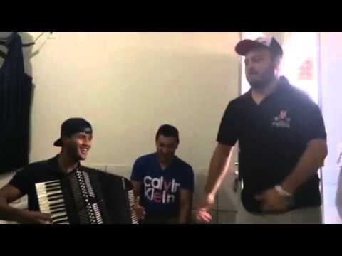 Tonhao Bruno e Hudson Bass farofando