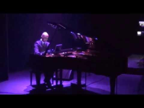 Shah Rukh Khan Medley - Live Bollywood Piano Instrumental
