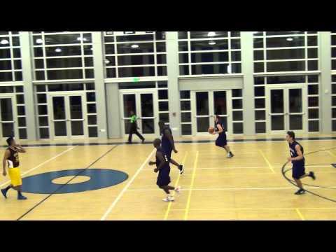 Team Hamlyn Electronics vs Charterland. Malazarte jumper & Dela Vega and1