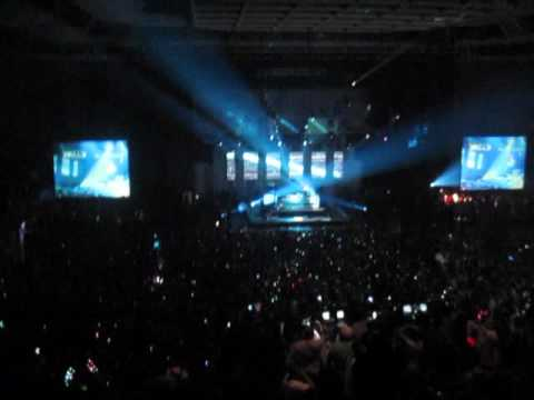 Deadmau5 FML INTRO at Love Evolution After Party 2009