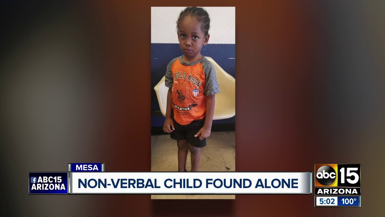 Three-year-old boy found wandering along in Mesa, police searching for parents