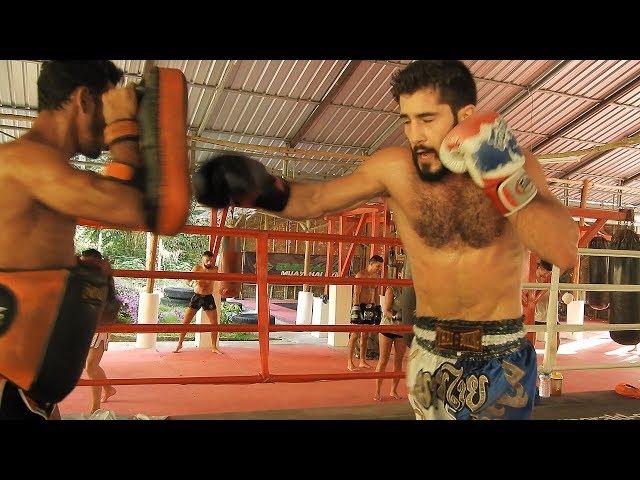 Edouard Bernadou Padwork I Emerald Muay Thai Gym
