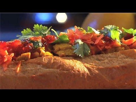 Thanksgiving Leftover Recipe Sweet & Spicy Turkey Sandwich