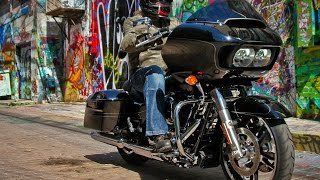 2015 Harley-Davidson Road Glide First Ride - MotoUSA