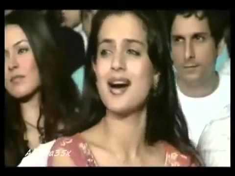 Salman khan performing on STAGE   Aishwarya rai WATCHING Romantically!!