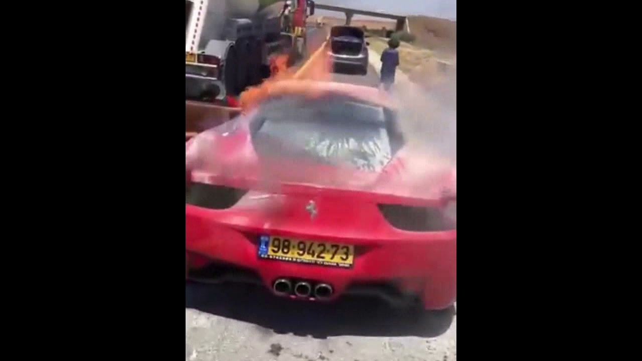 Ferrari 458 on fire and engine explosing - YouTube