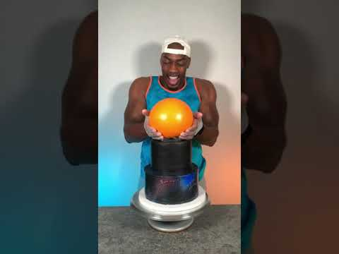 Download Making a Space Jam Cake! #shorts