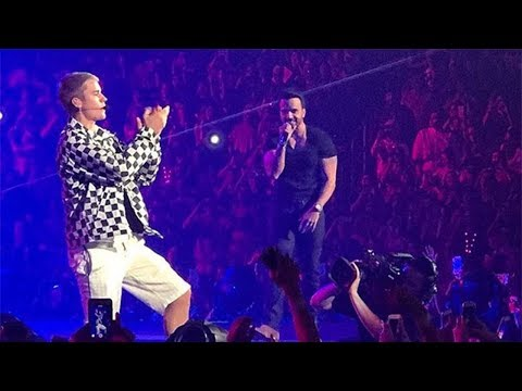 Uh Oh! Justin Bieber FORGETS Spanish During 'Despacito' Performance!