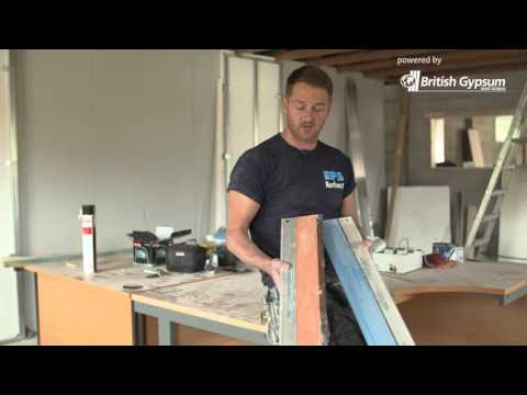 Gadget Gear Tool Review - plasterer Rob Gerrard reviews the Speedskim SF SS | British Gypsum