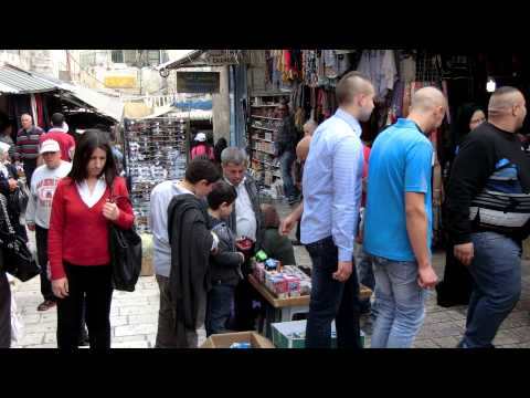 20150328 13:44 Damascus Gate market at  Jerusalem old city