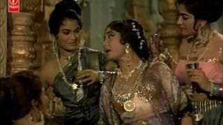 Chitralekha(1964)-Sansaar se Bhaag Phirte ho Bhagwan ko Tum Kya (Lata Mangeshkar)