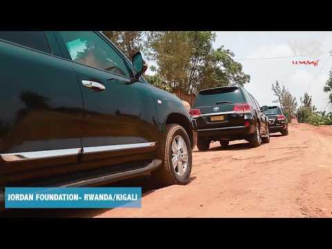Diamond platnumz - Alivyotembelea watoto wenye upofu wa macho (Rwanda/kigali) part 1