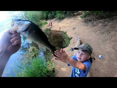 Southern Oregon Lake Selmac Fishery Bluegill, Bass, Trout Fish Caught!