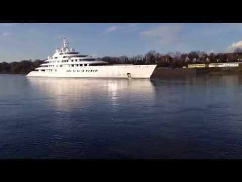 Motor Yacht Azzam 180 Meters