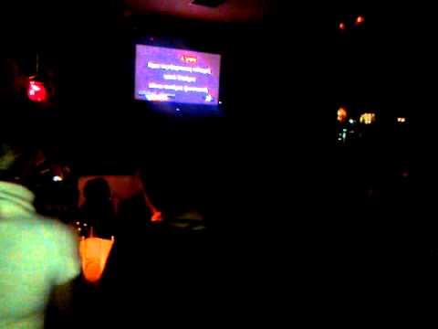 agapame-aggele mou(karaoke sto cine club tou peramatos apo ton stellara)