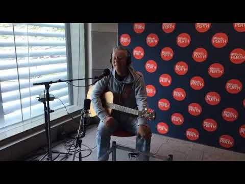 Tommy Emmanuel - ABC Perth Radio
