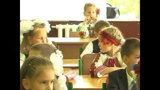 Софійка-Перший раз у перший клас!!! 01.09.2012р.