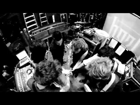 Crown The Empire - Makeshift Chemistry (Performed on the 2013 Take Action Tour)