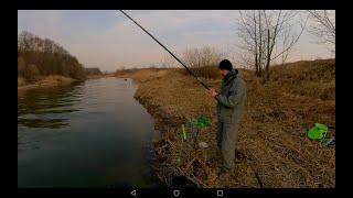 Март Вечер Рыбалка с болонским удилищем Скользящий монтаж Плотва густера