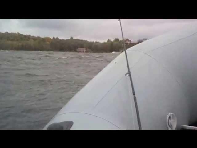 если попали на буря получи лодке