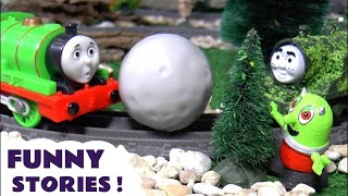 Thomas and Friends funny pranks with toy train Tom Moss and Rascal Funling TT4U