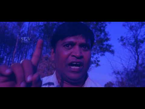 Kannada Horror scenes | Man's car breaks down in forest | Bhayanaka Kannada Movie
